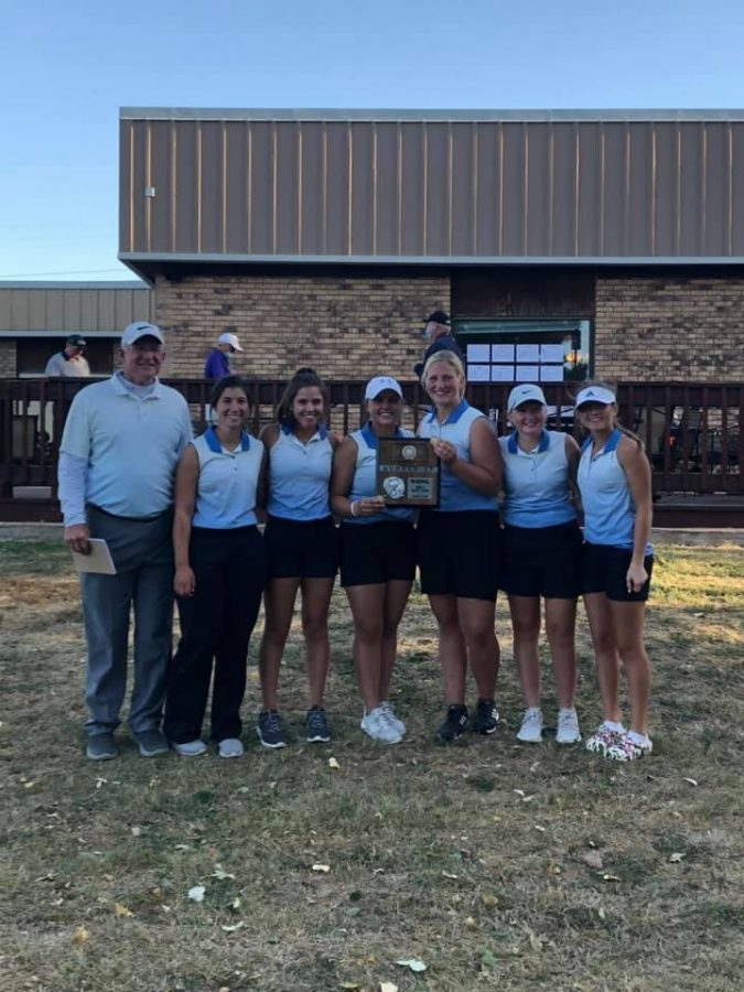 Girls+Varsity+Golf+Heading+to+State