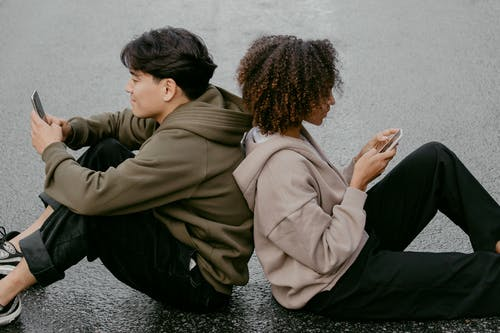 Is Dating Outdated?  A Mans Point-of-View